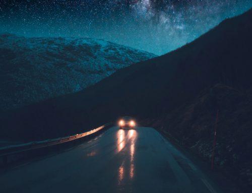 Indagine Tungsram: 7 su 10 conducenti italiani faticano a guidare di notte